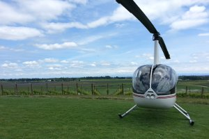 helicopter wine tasting tour oregon mcminnville methven eola hills