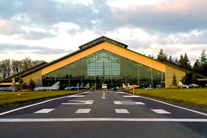 Fly over the Evergreen Aviation and Space Museum Tour in McMinnville by Helicopter